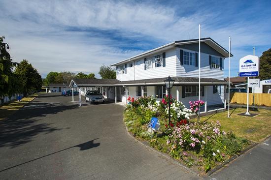 Gisborne, Νέα Ζηλανδία: Colonial on Gladstone front entrance