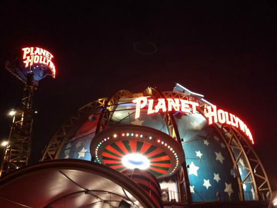 Planet Hollywood International Inc. (stylized as planet hollywood, planet Hollywood observatory and ph) is a theme restaurant inspired by the popular portrayal of Hollywood. The company is owned by Earl Enterprises corporation. Earl Enterprise was founded by.