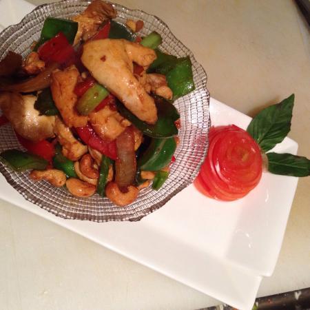Pamika Brasserie Thai : Chicken cashew