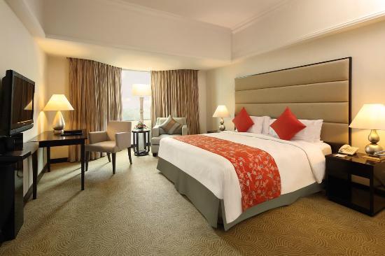 โรงแรมอาร์ยาดูตา เปกันบารู: Room Business Suites