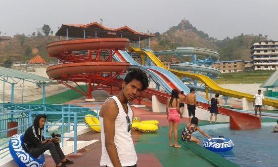 Bhaktapur, Nepal: Kathmandu Fun Valley