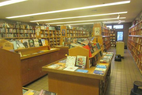 Moe's Books