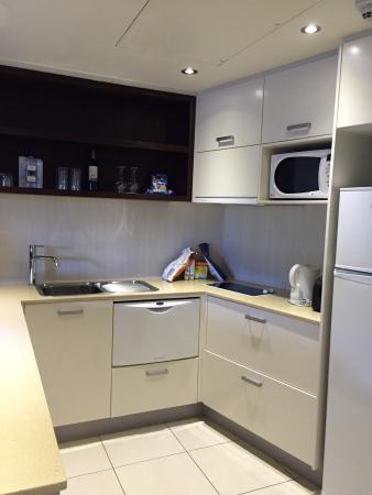 Kitchen in one bedroom apartment (washing machine and dryer in ...