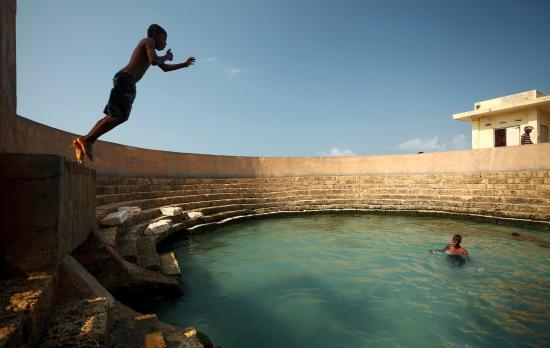 Keerimalai Hot Water Springs – Jaffna   Yarltourism