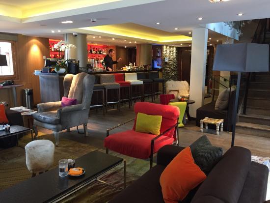 Hotel Le Savoy : Le bar lounge