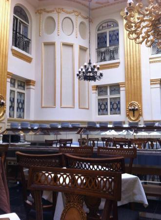Civis Grand Hotel Aranybika: Dinning