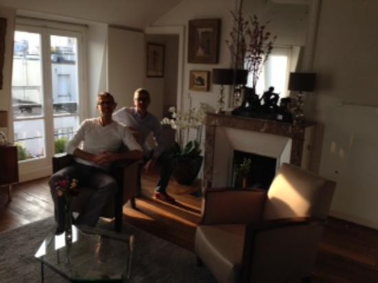 Bed & Breakfast Bouchardon: in salotto con Joszef