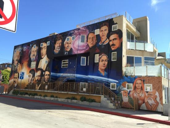 The shops at the boardwalk - Picture of Venice Beach Boardwalk, Los ...