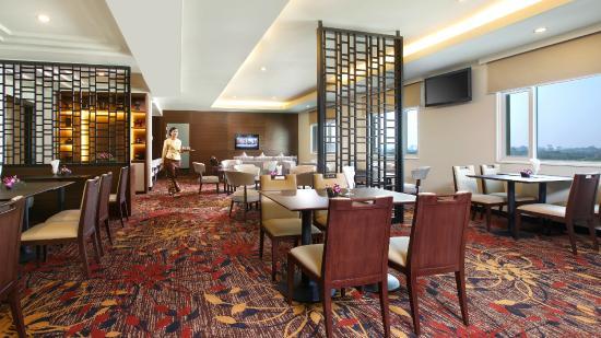 PARKROYAL Yangon : Orchid Club Lounge