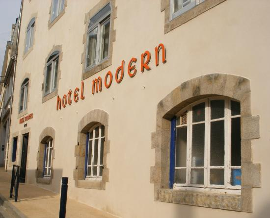 Hotel Modern: façade rénovée 2015