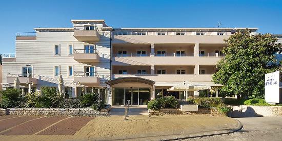 호텔 이브카