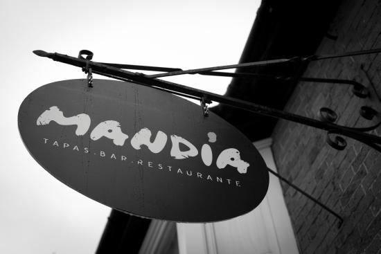 Mandia