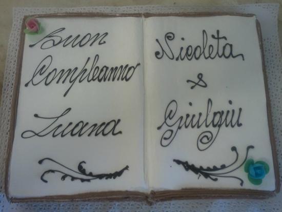 Torta a forma di Libro - Picture of Pasticceria Venere 932d6de8aeda