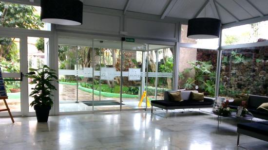 Parque Vacacional Eden : Hotel-Eingang