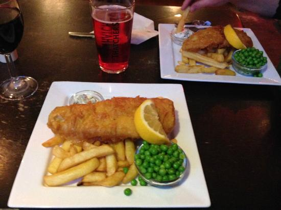 The Bruton Castle: 2 for 1 Fish and Chips