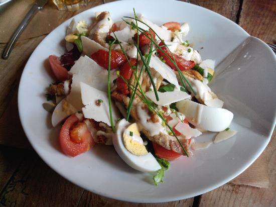 Cafe de la cale: Salade César et Bretonne