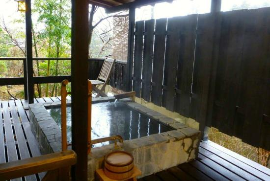 Yoshimatsu: Private bath for the suite.  Mt Fuji is directly behind.