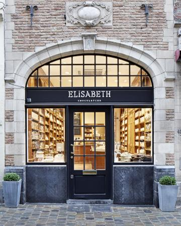 Elisabeth : Rue au beurre 43, 1000 Bruxelles (next to the Grand Place)