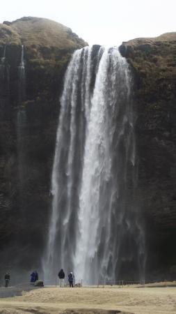 Hotel Keilir: Waterfall