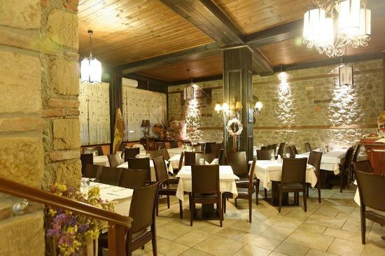Εστιατόριο Μετέωρα-Οικογένεια Γκέρτσου