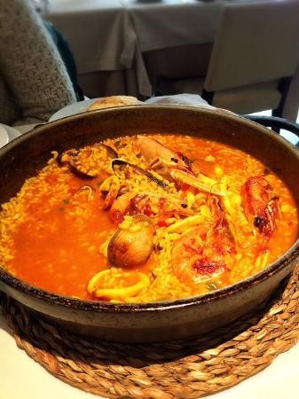 Restaurante Arroceria Mediterraneo: Paella