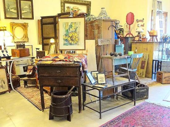Brick Alley Antiques