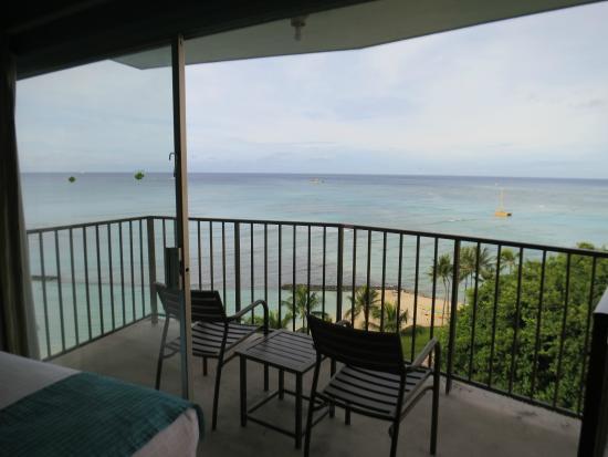 Aston Waikiki Circle Hotel: Balcony.