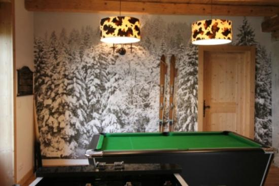 Reves de Montagne: Games room