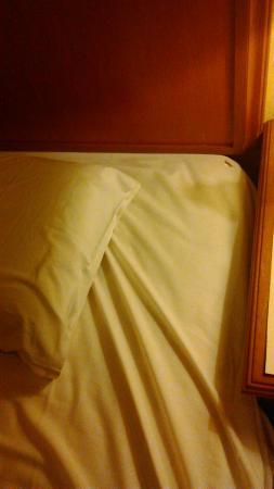 Grand Pacific Hotel Kuala Lumpur: bed
