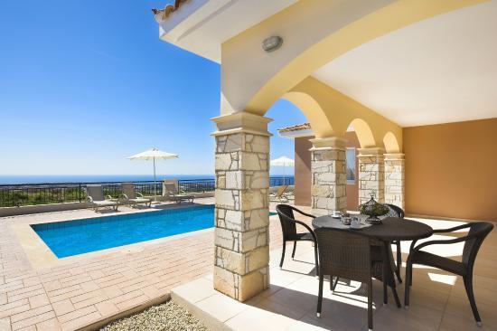 Club St George Resort Villa