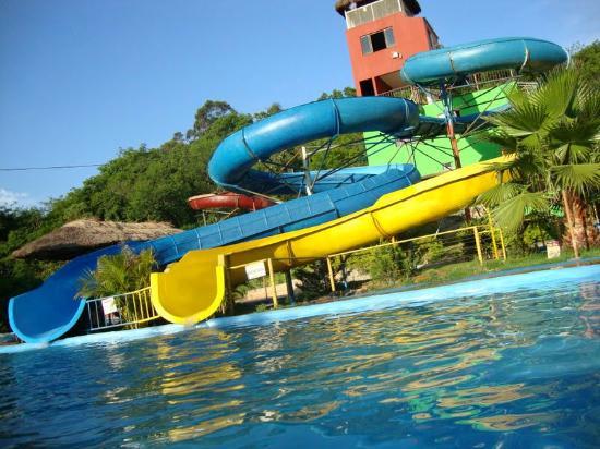 Foz do Iguacu, PR: Parque Aquático Isidoro toboáguas