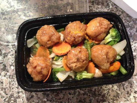 Thai 9: orange chicken