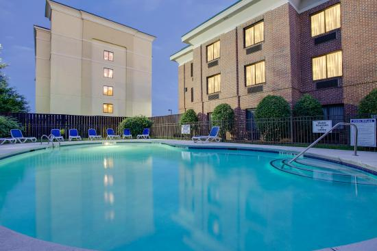 Holiday Inn Express I-20 at Clemson Road: Pool