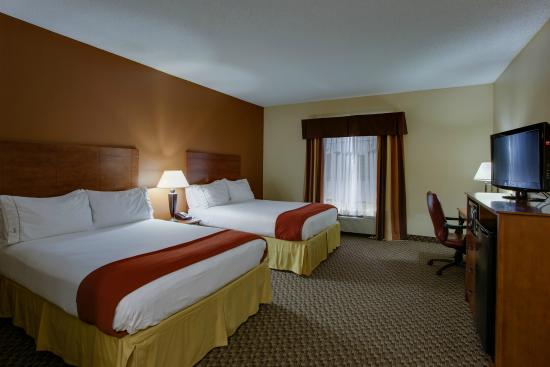Holiday Inn Express I-20 at Clemson Road: Two Queen Beds