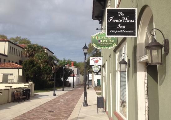 Photo of The Pirate Haus Inn Saint Augustine