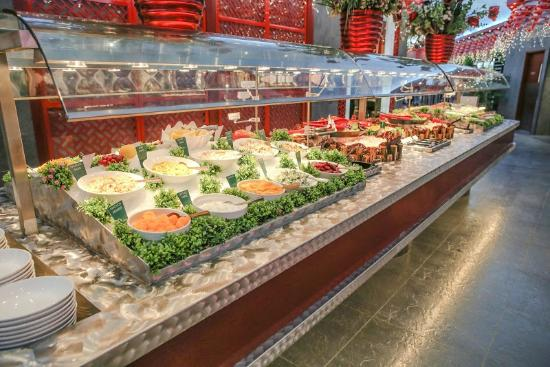salad bar picture of mandarin restaurant guelph tripadvisor. Black Bedroom Furniture Sets. Home Design Ideas