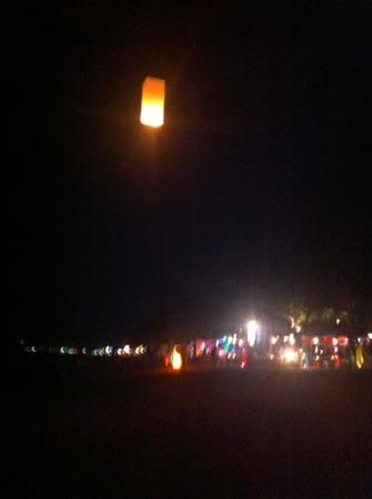 Long Beach Lodge: lanterns from the beach