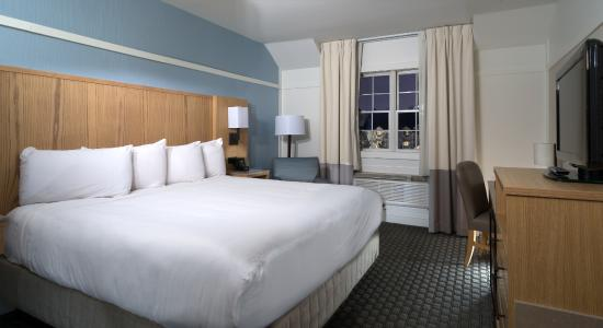 Two Trees Inn: Newly renovated Deluxe Accommodations