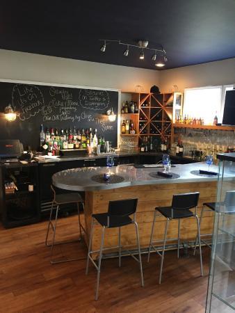 Landrum, SC: Our quaint bar