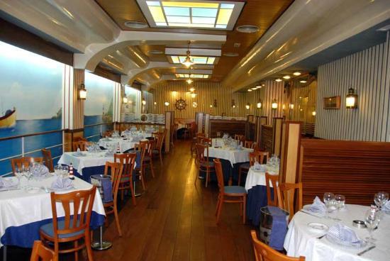 Restaurante a bordo del andurina en san sebasti n de los for Restaurante italiano san sebastian de los reyes