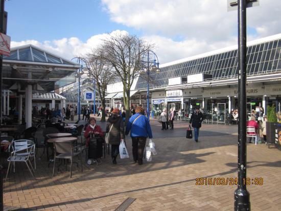 Bury Market: Entrance way