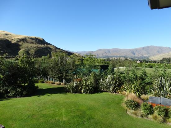 Queenstown Country Lodge: View from bedroom