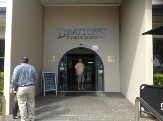 Drayton Family Wines: enterance to the winery