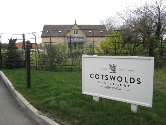 Gin Distillery Tour Cotswolds