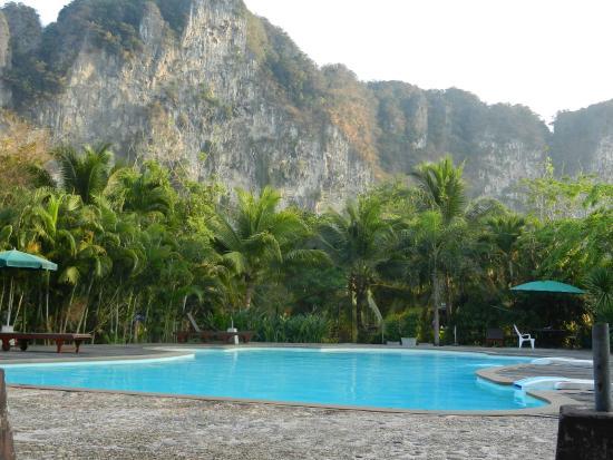 Green View Village Resort: la piscine