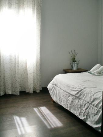 Oasis Backpackers' Hostel Toledo: Habitación doble interior