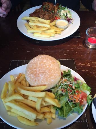 Yummy burger 🍔 and lamb chops