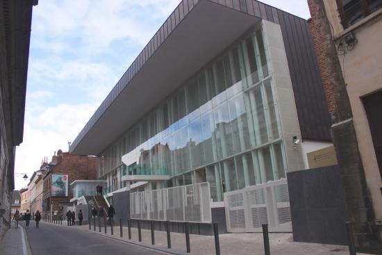 Museum of Fine Arts (Musee des Beaux-Arts): BAM exterior