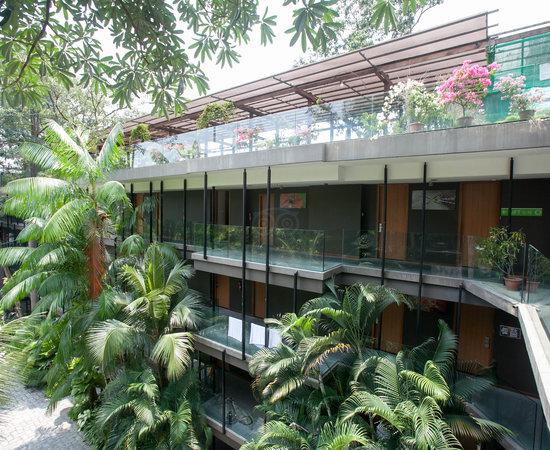 Siloso beach resort sentosa s 2 0 5 s 169 updated - Siloso beach resort swimming pool ...