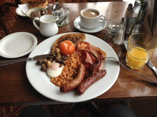 The Swan at Forton: Very full English breakfast